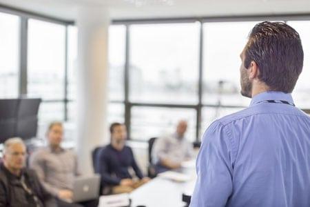 Теоретико-прикладные аспекты управления персоналом