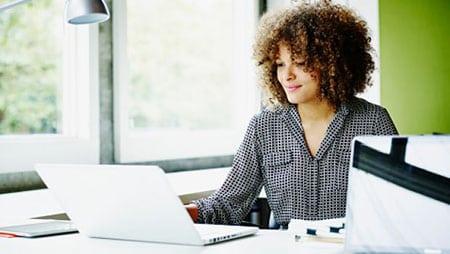 Правильная кадровая политика предприятия – прочный фундамент кадровой службы